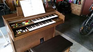 Yamaha Electone B-35NF Electric Keyboard/Organ Rowville Knox Area Preview
