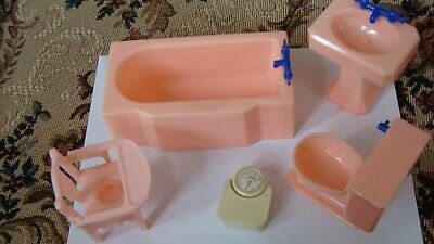 Renwal Dollhouse furniture pink bathroom tub-sink-potty white scale-fits ideal