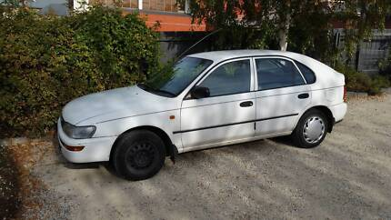1997 Toyota Corolla Seca: engine nearly dead, tyres brand new
