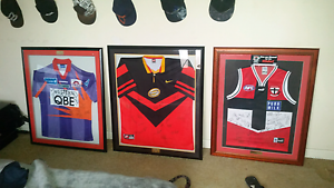 Perth glory, perth reds, st kilda signed jerseys for sale  Middle Swan