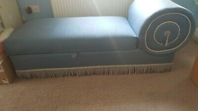 Chaise Longues Day Bed Blue Stoarge Lift up Lid with cushioned seat