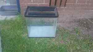 2ft tank with lid Ashmore Gold Coast City Preview