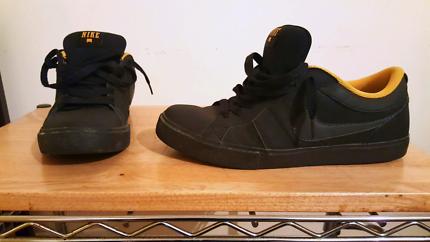 Nike Isolate LR  - Skate/Leather