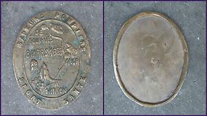 PLAQUETTE BRONZE SAPEUR POMPIER SPORT SANTE MARCHE DE FOURMIES A HIRSON 1987 - France - PLAQUE DE FOURMIES 8 MARS 1987 A HIRSON SAPEUR POMPIER Dimension 10,5 X 13cm. POIDS 330gr FRAIS DE PORT FRANCE LETTRE MAX 3,60e - France