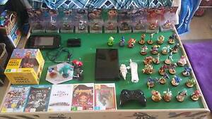 Wii U and accessories Valley View Salisbury Area Preview