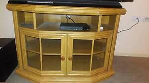 Television cabinet Taylors Lakes Brimbank Area Preview