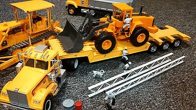 1:25th SCALE ROAD CONSTRUCTION END LOADER MODEL LOWBOY SEMI TRUCK