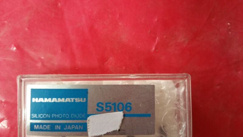 HAMAMATSU S5106 Si PIN SILICON PHOTO DIODE IN Chip carrier package for surface