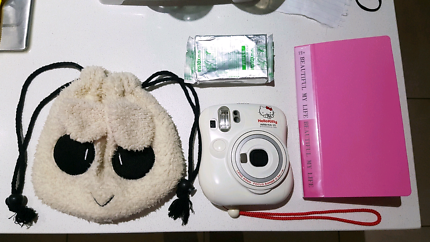 Hello Kitty Polaroid Camera Set!