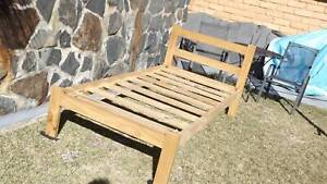 Timber single bed Old Bar Greater Taree Area Preview