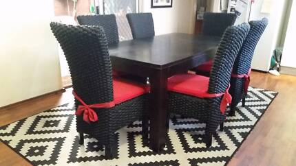 DINING TABLE 6 Water Hyacinth CHAIRS Balinese Indonesian AS NEW