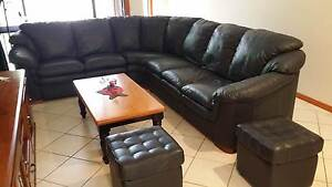 Italian leather sofa Quakers Hill Blacktown Area Preview