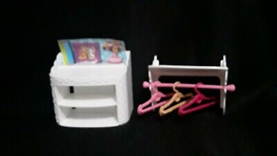 Barbie Dream House 2015 White Shelf Shoe Cabinet Replacement Rod Hangers