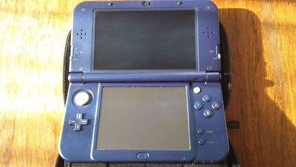 New Nintendo 3DS, excellent condition, with carry case and games Coogee Eastern Suburbs Preview