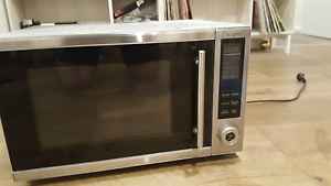 Induction microwave 30L $159 RRP Brunswick Moreland Area Preview