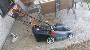 Ozito Electric Lawn Mower - MUST GO THIS WEEKEND!! Bundamba Ipswich City Preview