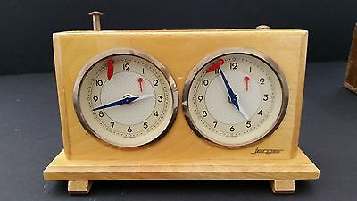 Vintage Jerger Mechanical Winding Honey Wood Chess Clock - W Germany - Working