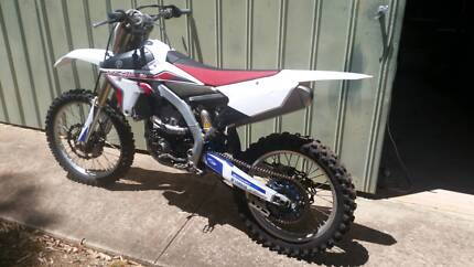 YZ450F 2014 Paradise Campbelltown Area Preview