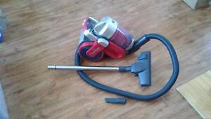 VACUUM CLEANER HOOVER HURRICANE BAGLESS $30neg Toukley Wyong Area Preview