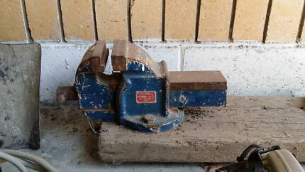 Manual Hand Shear AND Bench Vice