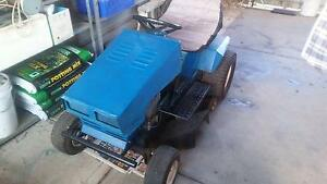 Greenfield Ride-On Lawn Mower - Engine Excellent Cobram Moira Area Preview