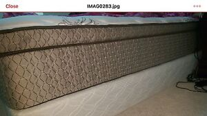 King size mattress (pillow top) and box spring London Ontario image 4