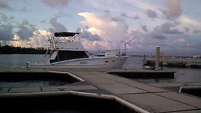 1970 Avenger sportfish 39 feet project boat runs great