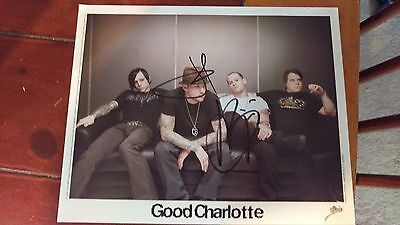Good Charlotte Signed Epic Card  Joel Benji Madden autographed Cool!  Auto.