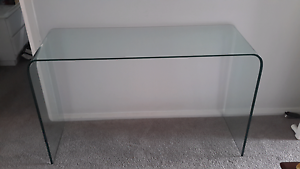 Tempered glass hall / console table Chittaway Bay Wyong Area Preview