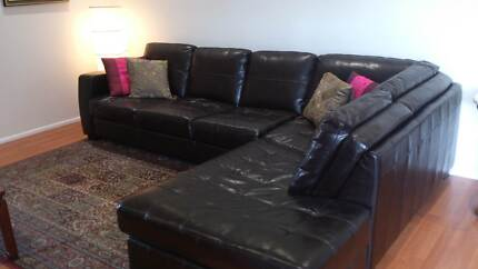 Leather corner chaise Sunnybank Brisbane South West Preview