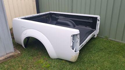 Nissan navara d40 tub.  Hobartville Hawkesbury Area Preview