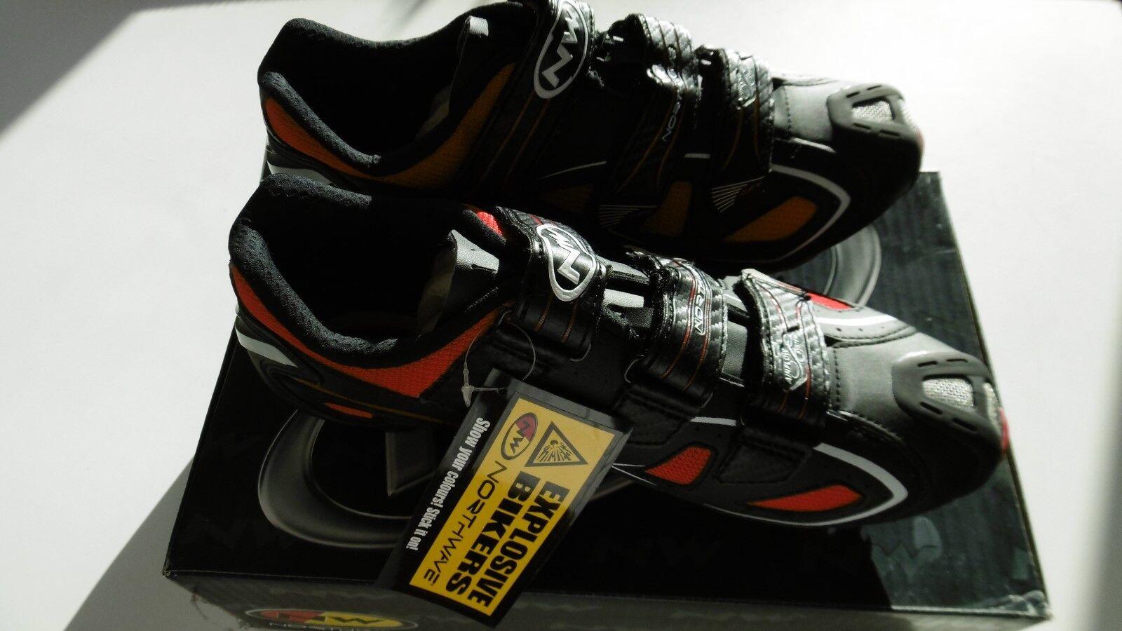 Northwave Rebel 3V Black/Red Shoes Size 45 New In Box