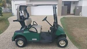 GOLF BUGGY E Z GO GOLF CART ELECTRIC IMMACULATE CONDITION Helensvale Gold Coast North Preview