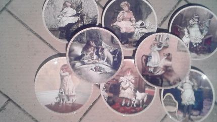 Collectable plate set