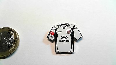 FSV Frankfurt Trikot Pin 2011/2012 Away Badge Kit Hyundai image