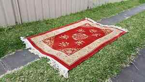 Beautiful oriental hand woven wool rug Mayfield East Newcastle Area Preview
