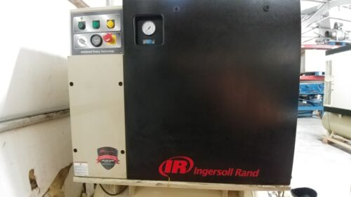 Ingersoll Rand UP6-10TAS-125 10 HP Rotary Screw Comp 120 Gal 125 PSI 38 CFM
