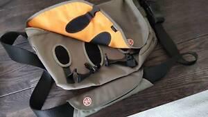Crumpler THE HOAX messenger bag BRAND NEW