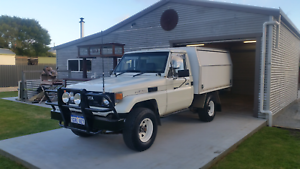 Toyota landcruiser hj75 2H deisel very good original condition