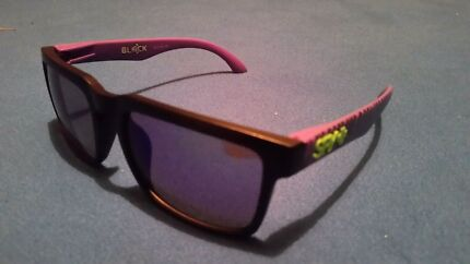 New SPY Helm Sunglasses Woonona Wollongong Area Preview