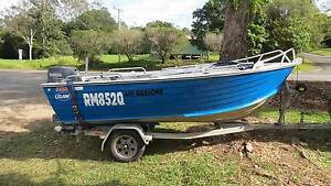 CLARK ABALONE 410 - 2008 MODEL - YAMAHA 40HP 2 STROKE MOTOR Eumundi Noosa Area Preview