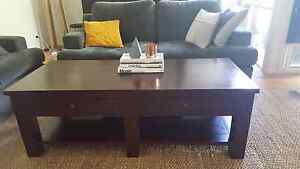 Solid Timber Coffee Table - Great condition! Caulfield South Glen Eira Area Preview