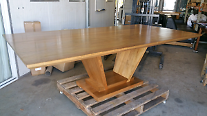 Unique Victorian  Ash  Dining Table - Nearly Perfect Yarrawonga Palmerston Area Preview