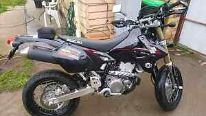 2014 DRZ400SM *STILL NEW (CLOSE TO)* Golden Square Bendigo City Preview