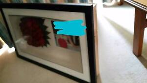 Picture frame 3D contents removable or make flat Berwick Casey Area Preview