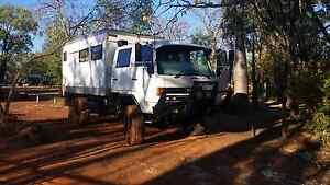 Moterhome expedition vehicle Wanguri Darwin City Preview