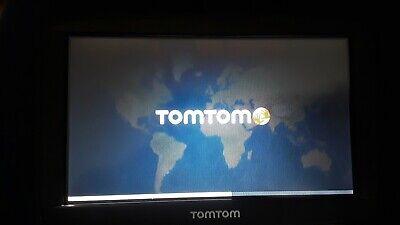 Tomtom Via 1530 GPS Unit Bundle w/Car Charger, Mount - Nice  - Works!(043001)