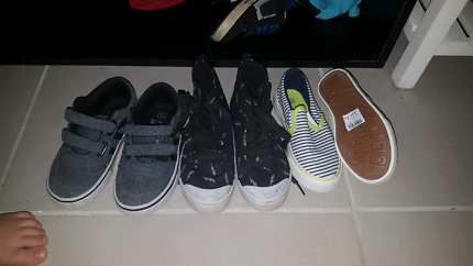 Size 10 toddler shoes
