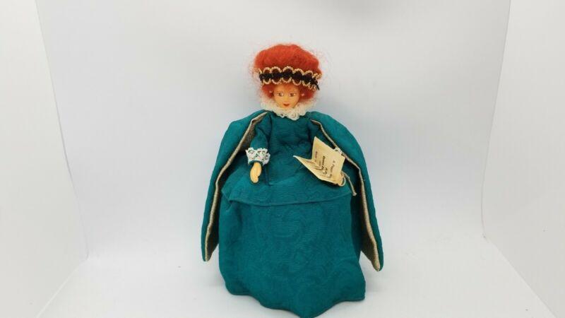 PEGGY NISBET Queen Elizabeth 15133-1603 England Collector DOLL H/214 Green