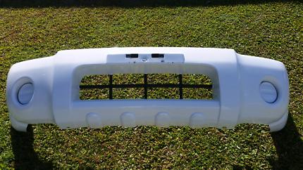 2014 Nissan navara D22  front bumper